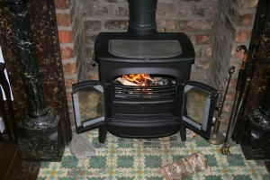 fireplace-195296_960_720