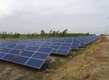 solar-panels-3507949_1920
